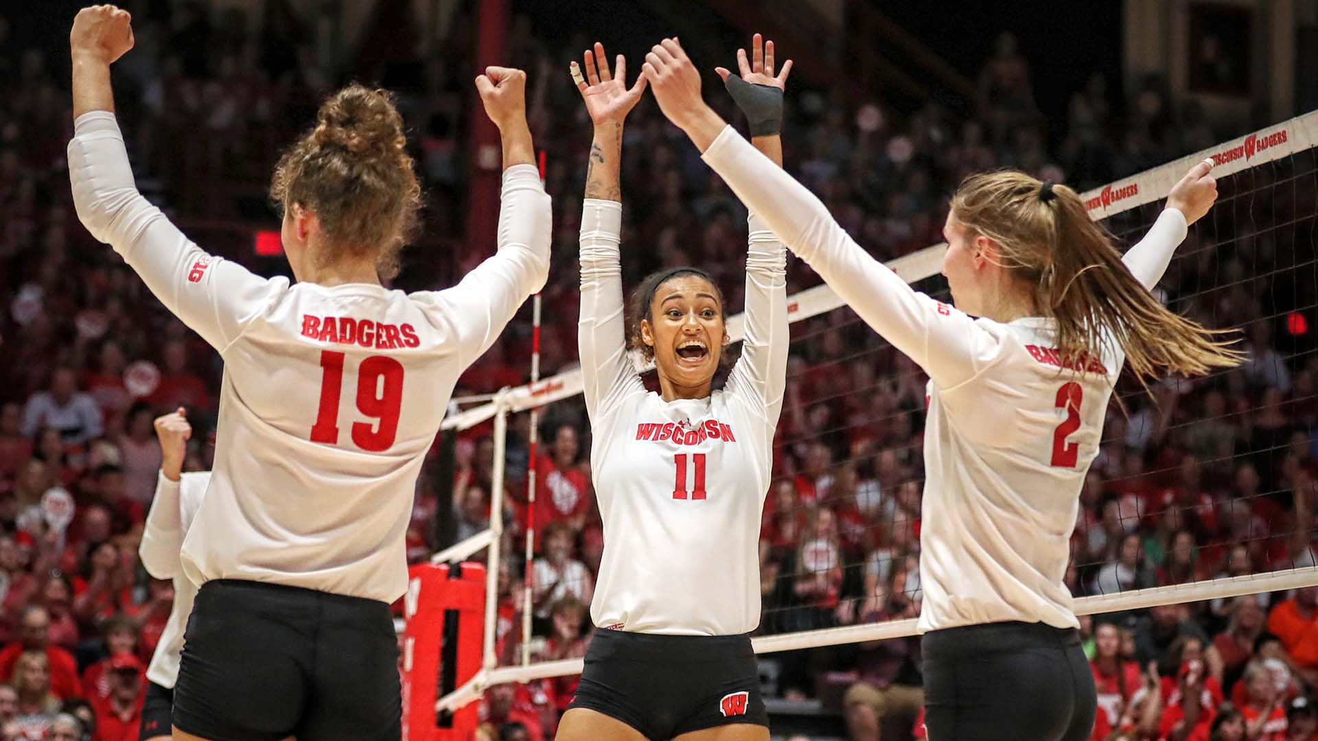 Wisconsin volleyball highlights