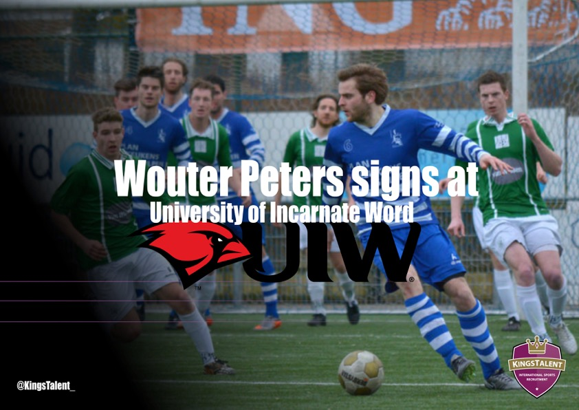 Wouter Peters signs at UIW2